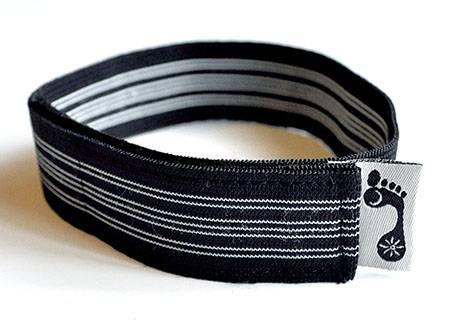 "Barefoot Yoga - Barefoot Yoga Stretchy Mat Straps 17"" - Black Striped"